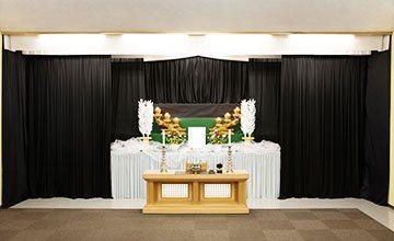 服部葬儀社 家族葬スマート祭壇