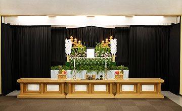 服部葬儀社 家族葬ライト祭壇