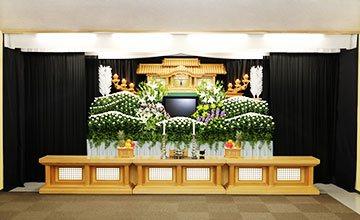 服部葬儀社 家族葬シンプル祭壇
