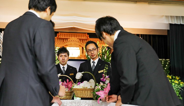 服部葬儀社 告別式