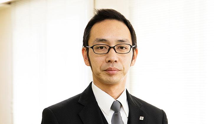 服部葬儀社 葬祭ディレクター横尾賢次